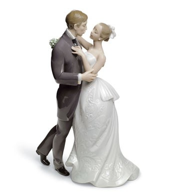 Lladro 08509 LOVERS' WALTZ