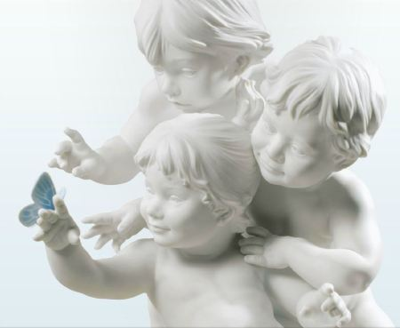 Lladro CHILDRENS CURIOSITY