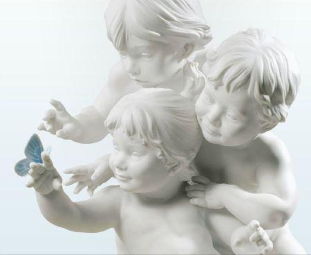 Lladro CHILDRENS CURIOSITY
